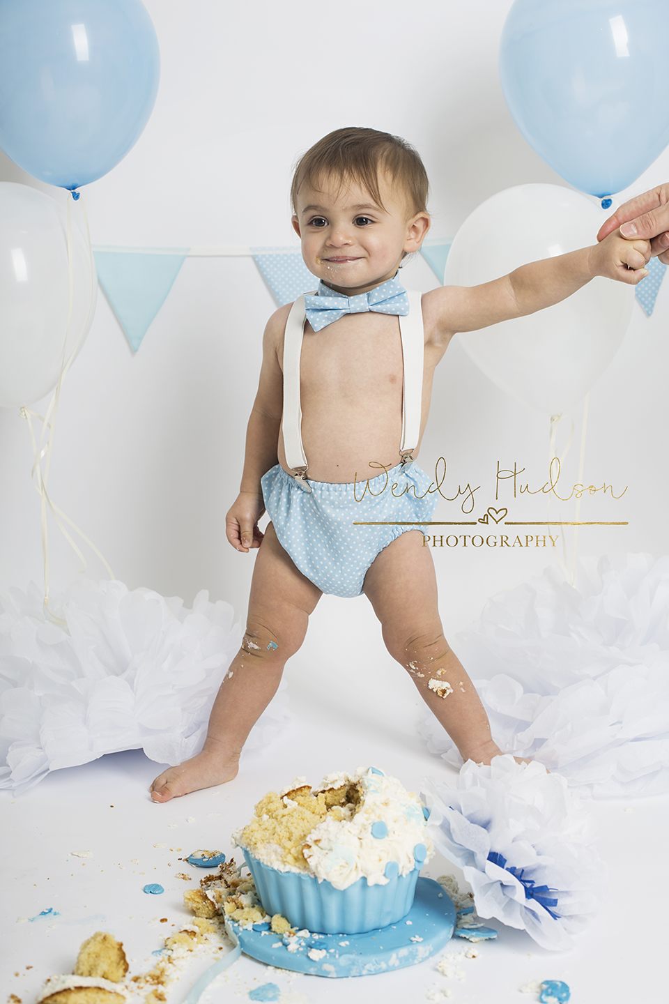 Cake smash baby photoshoot
